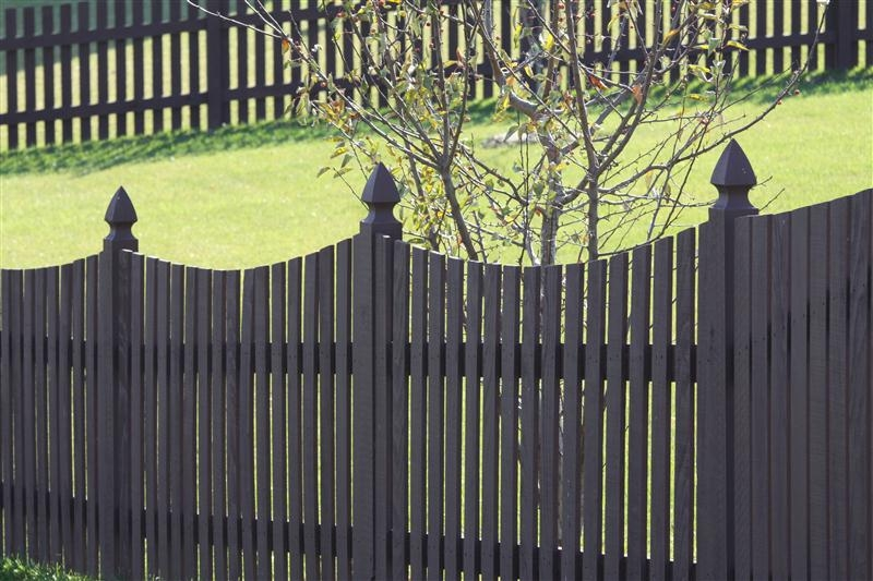 Flat Top Wood Picket Fences Midwest Fence