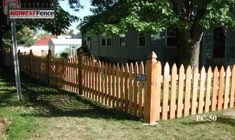 Colonial Cedar Rail Picket Fence