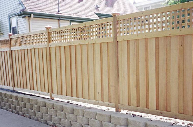 Pros and cons - Lattice top wood privacy cedar fence